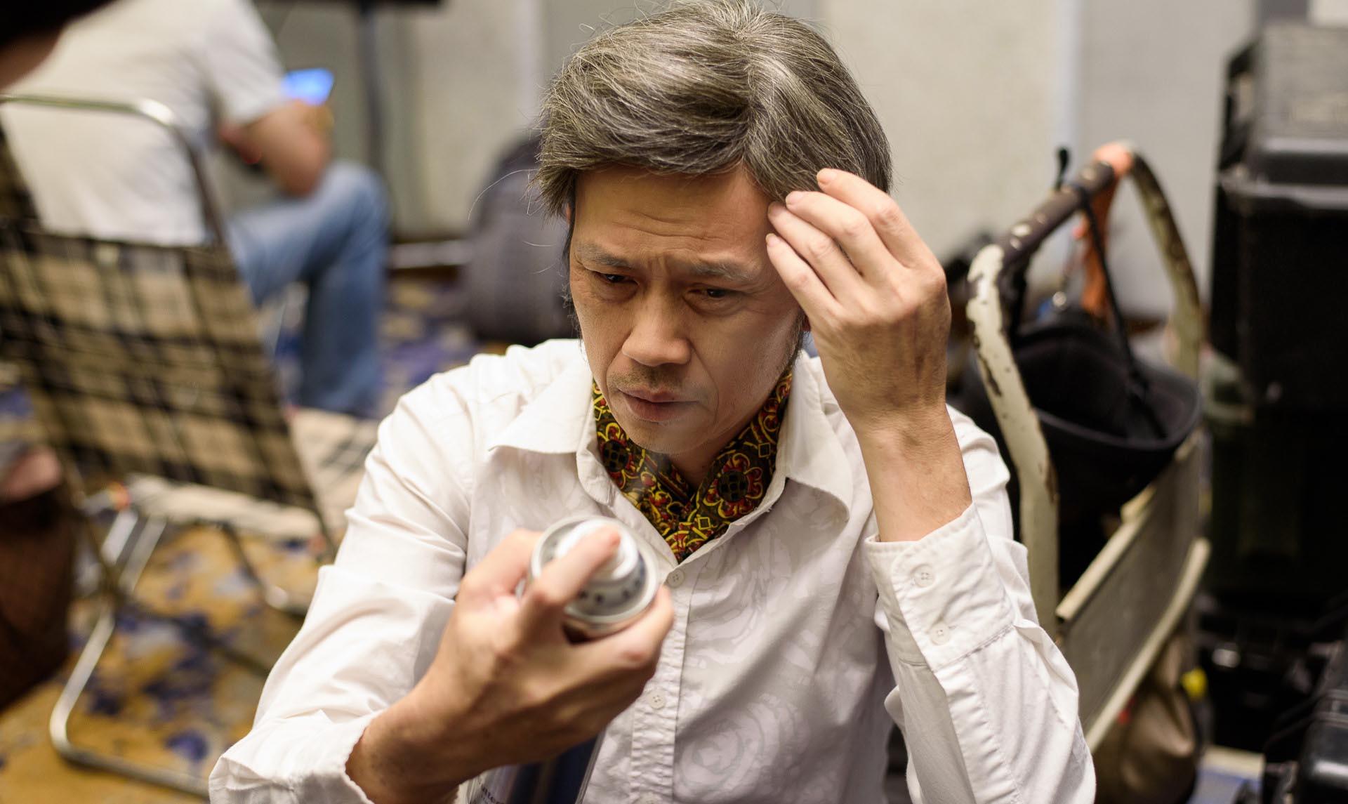 Một ngày tất bật của danh hài Hoài Linh tại phim trường