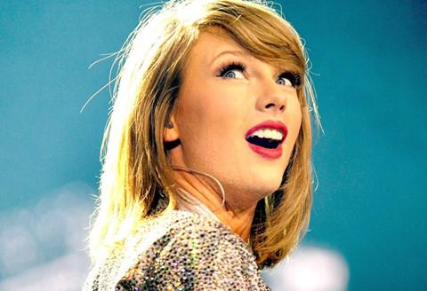 Giải thưởng cao quý nhất của nhạc đồng quê vẫn gọi tên Taylor Swift