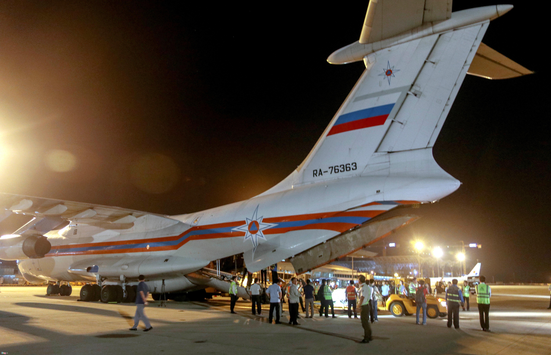 Máy bay Nga chở hàng cứu trợ vùng bão tới Khánh Hòa trong đêm