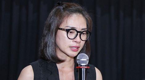 """""""Cô Ba Sài Gòn"""" bị livestream trái phép: Ngô Thanh Vân bật khóc"""