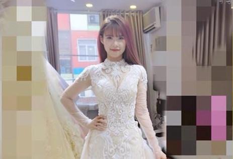 Khởi My thử váy cưới trước ngày tổ chức hôn lễ