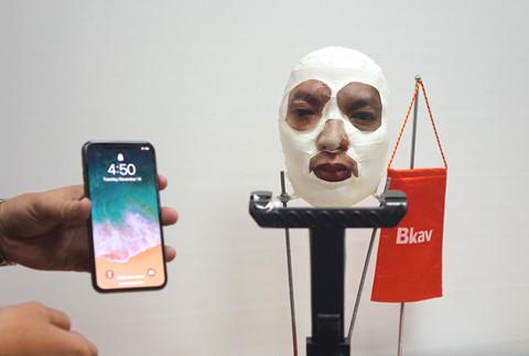 Bkav qua mặt Face ID trên iPhone X như thế nào?