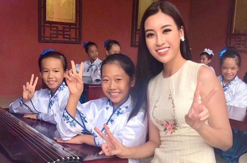 Những hình ảnh rạng rỡ của Hoa hậu Mỹ Linh tại Miss World 2017