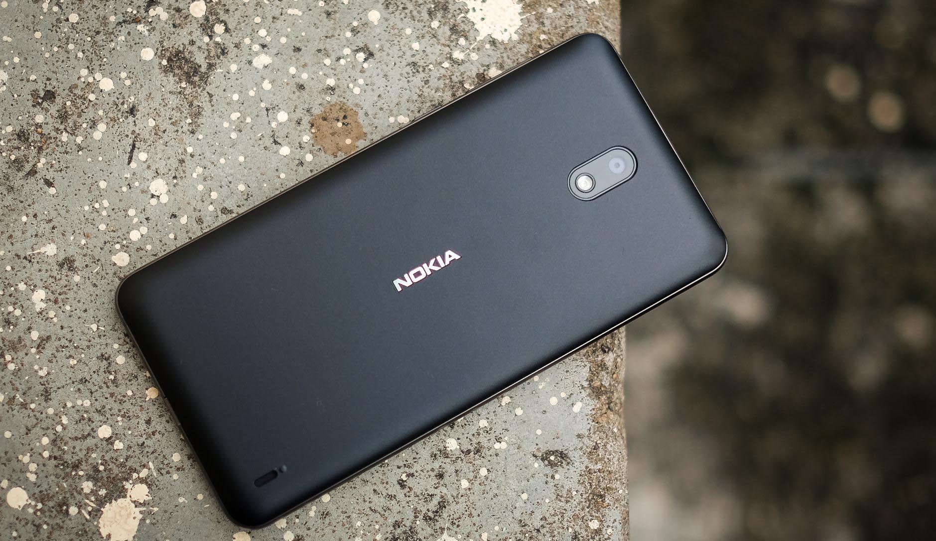 Nokia 2 - cảm giác 'nồi đồng cối đá' đã trở lại