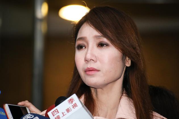Helen Thanh Đào bị một gã 50 tuổi quấy rối nơi công cộng