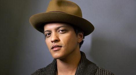 Bruno Mars vắng mặt vẫn bội thu giải thưởng tại AMA 2017