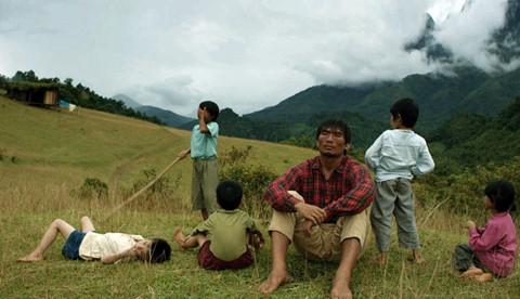 """Khán giả ủng hộ """"Cha cõng con"""" tại Liên hoan phim Quốc tế Ấn Độ"""