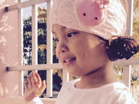 Dòng tâm sự xúc động của mẹ dành cho con gái 5 tuổi bị ung thư máu