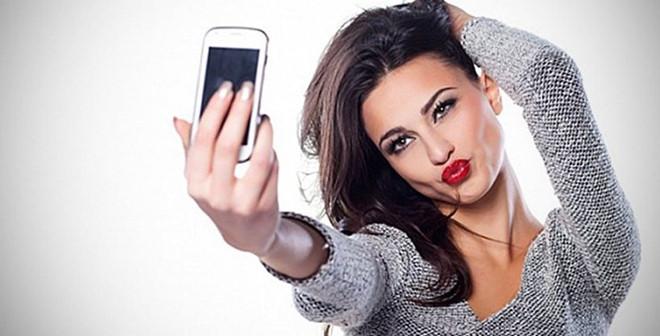 Facebook sắp bắt bạn chụp selfie nếu muốn đăng nhập