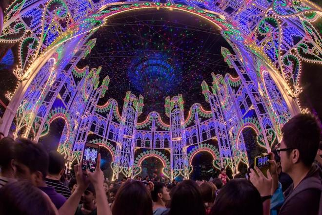 Singapore rực rỡ mùa lễ hội cuối năm