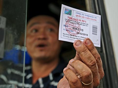BOT Cai Lậy giảm 30% giá vé nhưng người dân phải đóng nhiều tiền hơn?