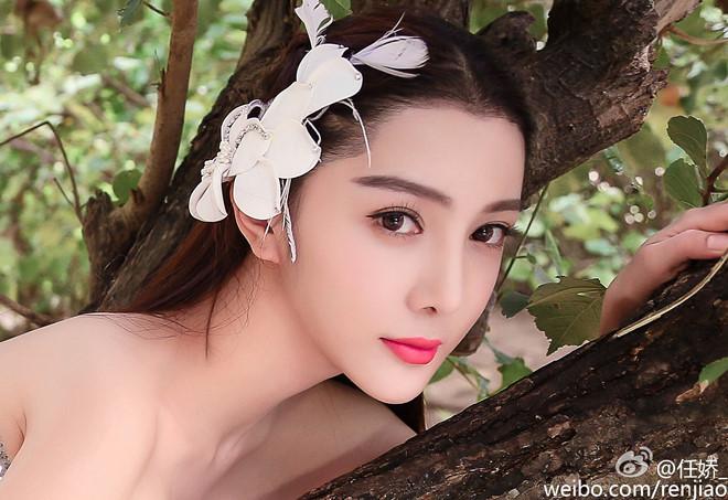 """Sao nữ Trung Quốc chết lõa thể ở với """"Quách Tĩnh"""" trước tai nạn"""
