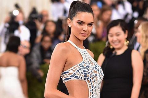 Kendall Jenner: Siêu mẫu 9X xinh đẹp, giàu có nổi tiếng thế giới
