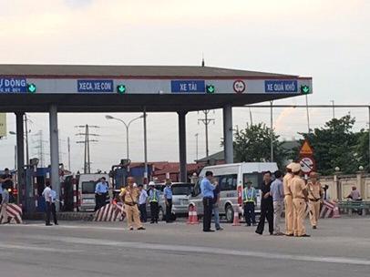 Tài xế hẹn nhau phản đối trạm thu phí quốc lộ 5