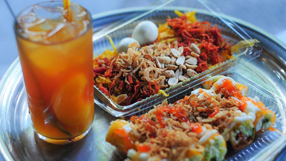 Chi 13.000 tỉ đồng mỗi tháng để ăn vặt, giới trẻ Việt thích món gì?