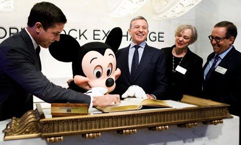Ông trùm biến chuột Mickey thành quái vật thống trị Hollywood