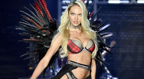Thiên thần Victoria's Secret khoe hình thể chuẩn dù đang mang bầu