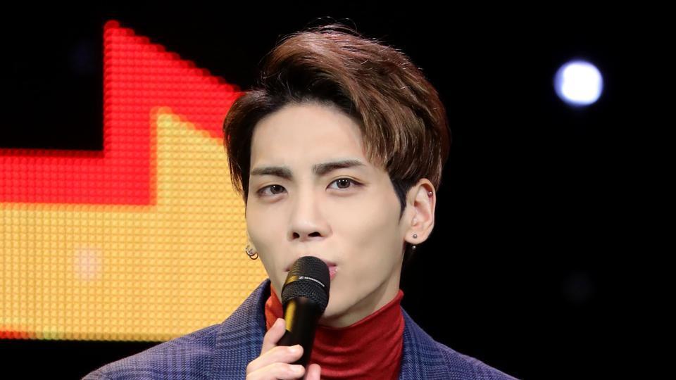 Chị gái thừa nhận Jong Hyun (SHINee) tự sát ở tuổi 27