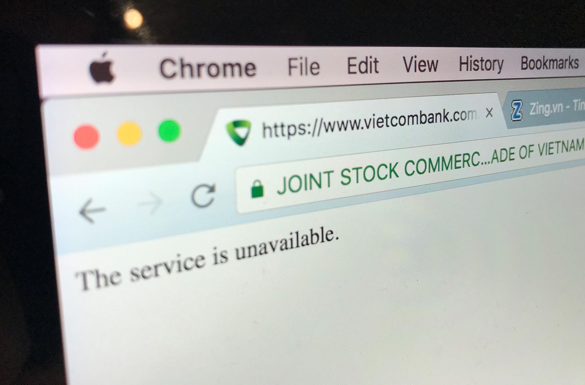 Internet Banking VCB chập chờn trong ngày Bitcoin lao dốc