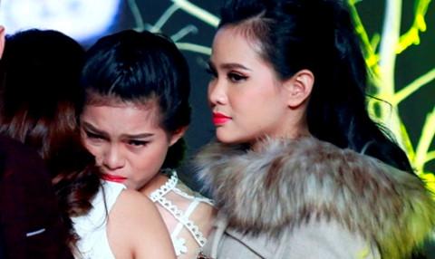Con gái nuôi 16 tuổi của Phi Nhung bị loại sớm tại Solo cùng Bolero