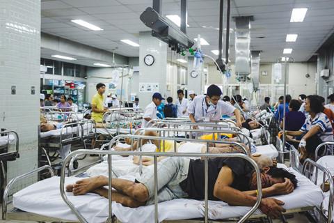 Bệnh viện Chợ Rẫy cấp cứu 900 ca chỉ trong 3 ngày nghỉ Tết Dương lịch