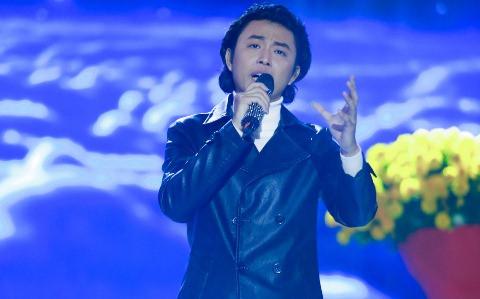 Phi Nhung chê thí sinh hát Bolero giống Đan Nguyên, diễn như robot