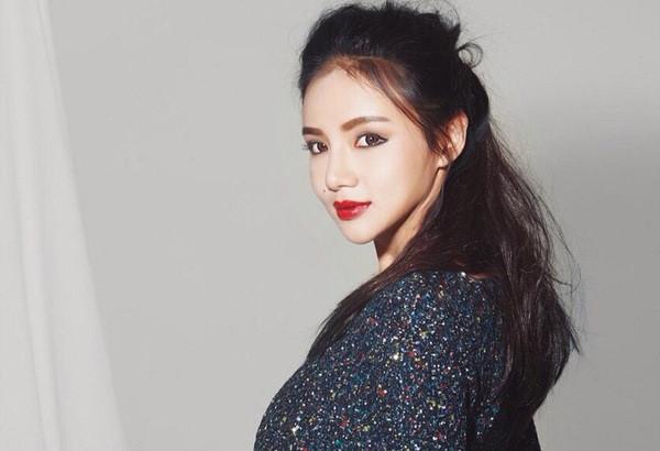 Ái nữ nhà tỷ phú Singapore dự đám cưới thiếu gia Tân Hoàng Minh