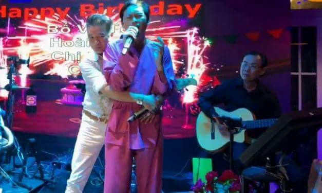 Hoài Linh và Đàm Vĩnh Hưng song ca trên sân khấu sau nhiều năm