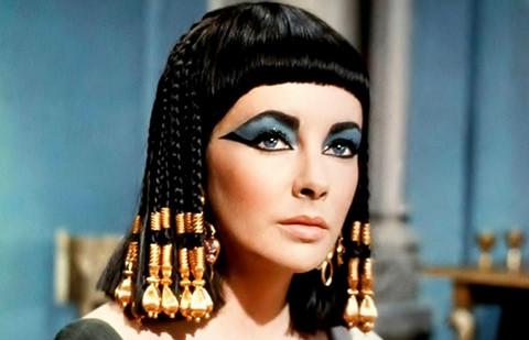"""Phim """"Cleopatra"""" mới sẽ có nhiều cảnh nhục dục hơn bản gốc"""