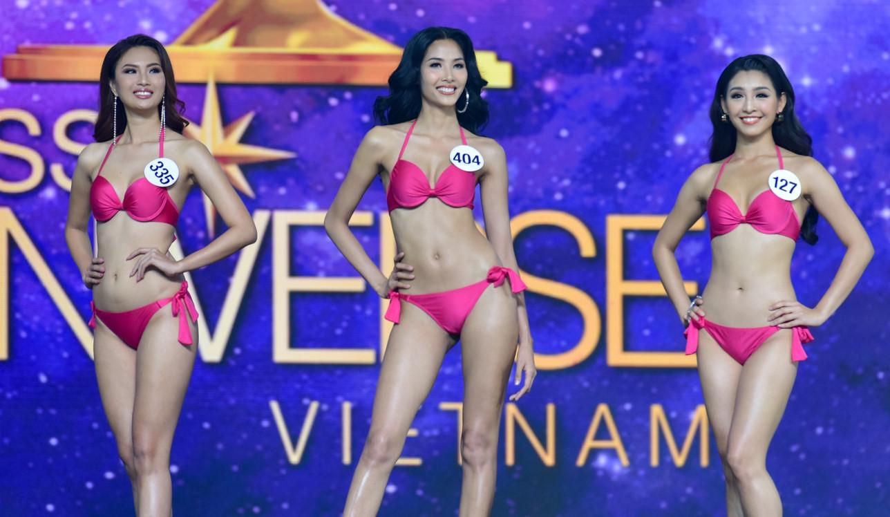 Người đẹp Hoa hậu Hoàn vũ Việt Nam 2017 gợi cảm với bikini