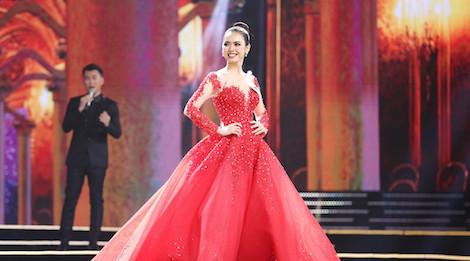 Top 10 Hoa hậu Hoàn vũ Việt Nam 2017 lộng lẫy trong trang phục dạ hội