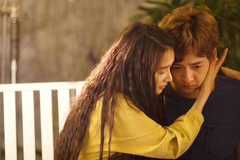 Nhã Phương, Ngô Kiến Huy đau xót khi đạo diễn Việt kiều mất ở tuổi 48