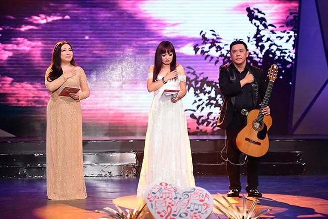Phương Thanh xúc động khi hát tặng khán giả bị ung thư