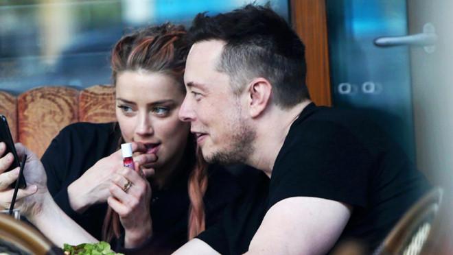 Amber Heard nối lại tình xưa với tỷ phú Elon Musk