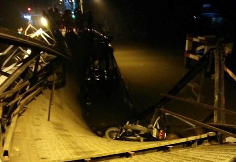 Cầu Long Kiển sập vì xe tải nặng gấp 5 lần cho phép