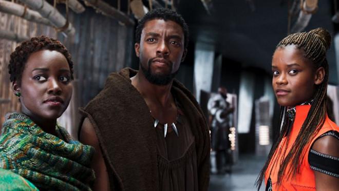 """Bom tấn """"Black Panther"""" nhận những lời khen đầu tiên"""