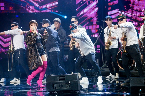 Hát HIT diva Mỹ Linh, Hoàng Hồng Ngọc tiến thẳng vào chung kết Ban Nhạc Việt