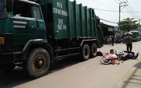 Nam sinh tử vong dưới bánh xe rác ở Sài Gòn