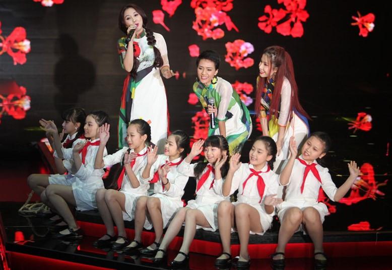 10 bài hát gắn với nhiều thế hệ người Việt của nhạc sĩ Hoàng Vân