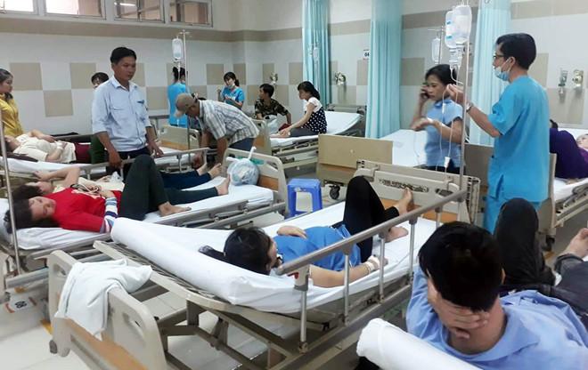 Hàng trăm công nhân nhập viện cấp cứu ngày giáp Tết