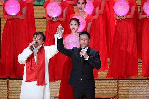 Màn song ca đặc biệt của 2 ngôi sao võ thuật Ngô Kinh và Thành Long