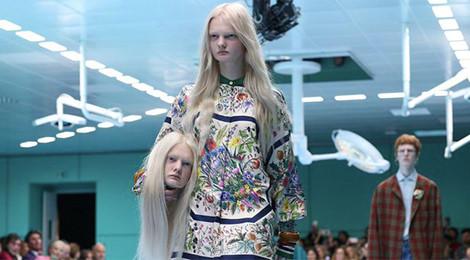 Đầu nhân tạo của người mẫu xuất hiện trong show diễn Gucci