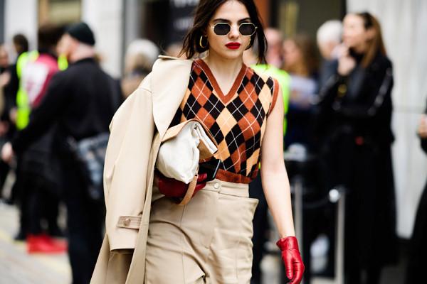 Street style thu đông sành điệu của tín đồ thời trang London