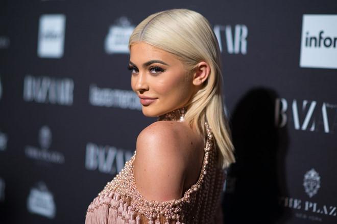 Kylie Jenner làm giá cổ phiếu Snapchat sụt 1,5 tỷ USD vì một câu nói