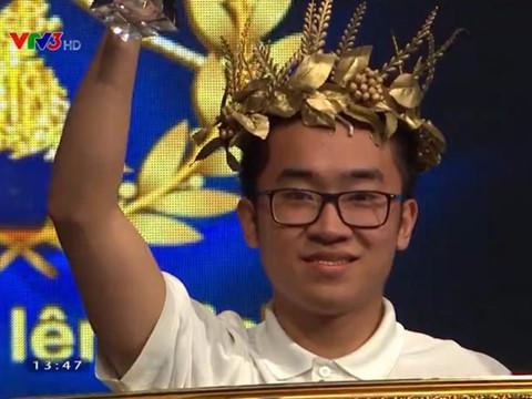 """10X Sài Gòn khiến khán giả bật khóc ở thi quý """"Đường lên đỉnh Olympia"""""""