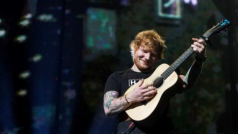 Ed Sheeran: Tái xuất hoàn hảo, tình yêu trọn vẹn, thị phi bất ngờ