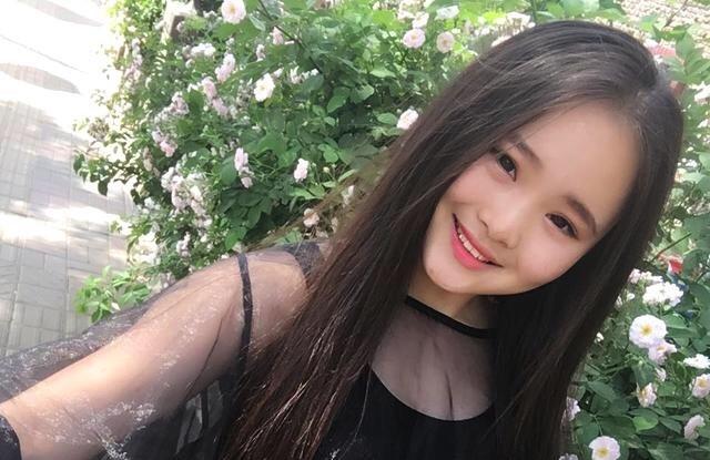 Nghệ sĩ xinh đẹp Trung Quốc qua đời ở tuổi 18 vì bệnh hiếm gặp