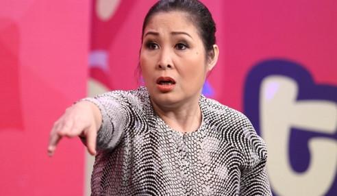 """NSND Hồng Vân: """"Tôi đã lỗ hơn 2 tỷ đồng vì sân khấu kịch"""""""