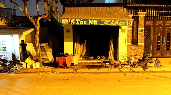 Tiếng kêu cứu trong căn nhà cháy làm 2 người chết ở Sài Gòn