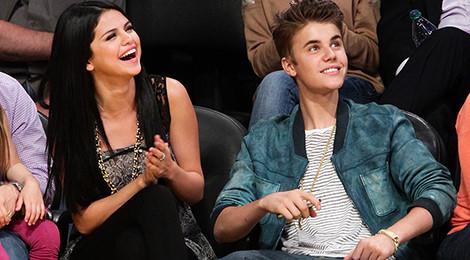 Justin Bieber 24 tuổi: Có cả thế giới và tình yêu của Selena Gomez